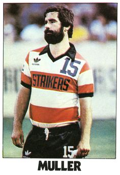 Gerd Muller in Fort Lauderdale Strikers kit (size XL by the looks of it) from NASL 1979. Adidas.