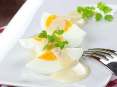 Vajíčka s bylinkovou omáčkou