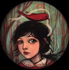 Kelly Vivanco - she's all about the eyes