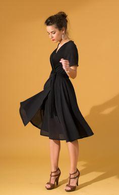 Robe noire cache-cœur   ROBE PÉNÉLOPE, designed by 33bis Artisanal Edition