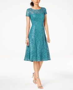 Amazing Rustic Dress Ideas For Women To Look Chic Every Day Formal Dresses For Women, Simple Dresses, Elegant Dresses, Short Dresses, Rustic Dresses, Dress Brokat, Green Lace Dresses, Tea Length Dresses, Lace Midi Dress