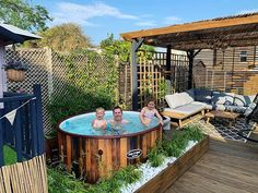 Hot Tub Surround, Hot Tub Backyard, Hot Tubs, Outdoor Furniture, Outdoor Decor, Cool Pictures, Spa, Patio, Garden