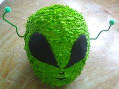 Alien party : alien Piñata