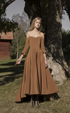 Bazza Alzouman Beatrice Silk Off Shoulder Gown Chic Outfits, Pretty Outfits, Pretty Dresses, Fashion Outfits, Different Dresses, Retro Dress, Beautiful Gowns, Dream Dress, Elegant Dresses