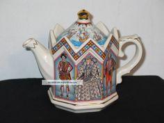 Sadler Teapot - Elizabeth I - Queen Of England Teapots & Tea Sets photo