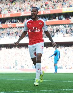 Sat 12th Sep, 15.00 Emirates Stadium. Arsenal v Stoke City Theo Walcott and Olivier Giroud were on target as Arsenal continued their rise up the table with a dominant win against Stoke City.