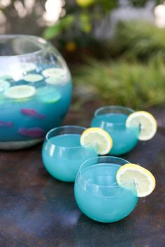 Try this fishbowl punch, yum! Plus Top 5 punch recipes! Click through for 4 more yummy punch recipes plus luau party ideas!