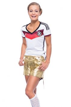 """Since a longe time, the traditional leather trousers are no more just man´s business. Also girls discovered these pants as a sportive alternative to the """"Dirndl""""."""