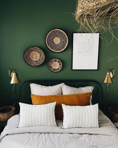 home decor bedroom Bedroom Green, Bedroom Colors, Home Decor Bedroom, Soho House, My New Room, Sweet Home, Interior Design, Genre, Office Paint