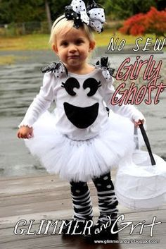 Glimmer And Grit: DIY No-Sew Girly Ghost Costume Tutorial - Kids costumes Costume Halloween, Theme Halloween, Halloween 2014, Halloween Kids, Boo Costume, Costume Ideas, Devil Costume, Costume Makeup, Halloween Halloween