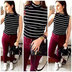 Amei tanto essa blusa de gola alta listrada que comprei a preta com listras brancas também.  É da coleção atual da Renner e vale muito a pena. Combinei com tênis branco e calça de cintura alta vinho.  Espero que gostem!  || Blusa: Renner / Calça: Renner / Tênis: Adidas Superstar / Bolsa: Schutz #lookdodia #lookoftheday #ootd #outfitoftheday #lookbook #todayimwearing #comqroupaeuvou #fashion #espiãdefastfashion #whatimwearing #fashiondiaries #fashiongram #instafashion #dujour #instaloo...