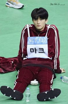 Nct 127 Mark, Mark Nct, Jaehyun, Canadian Boys, Lee Min Hyung, Winwin, Taeyong, Boyfriend Material, K Idols