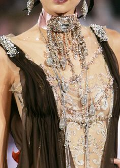 somethingvain:  Christian Lacroix Haute Couture F/W 2005 omf lacroix this is KILLING me *tears of couture rn*