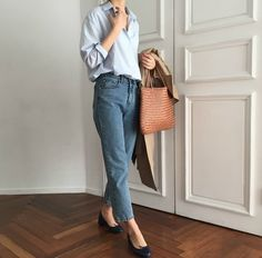 Stylish Work Outfits Ideas With Flats 12 Casual Summer Outfits For Women, Stylish Work Outfits, Summer Work Outfits, Trendy Clothes For Women, Winter Fashion Outfits, Trendy Fashion, Womens Fashion, Fashion Brands, Casual Chic Style