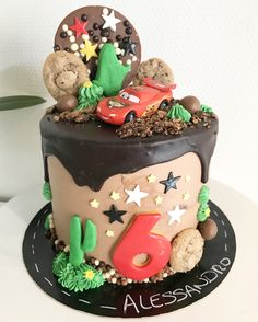 Cars drip cake