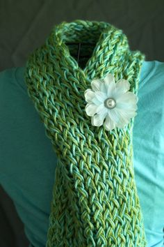 This Easy Loom Scarf is perfect for everyone! My girls absolutely love to loom-knit. It's kind of an obsession. :) Here's how you can make your own beautiful creation, without tons of headache. :) ...