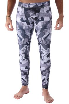Black Camo Men's Leggings are super durable and look awesome under basketball shorts or worn alone! Suitable for all sports, working out, cycling and more Pilling resistant fast dry Four way stretch allows for greater mobility in any direction Superior po Cheap Athletic Wear, Cute Athletic Outfits, Cute Gym Outfits, Athletic Clothes, Affordable Workout Clothes, Sexy Workout Clothes, Camo Men, Womens Workout Outfits, Fitness Outfits