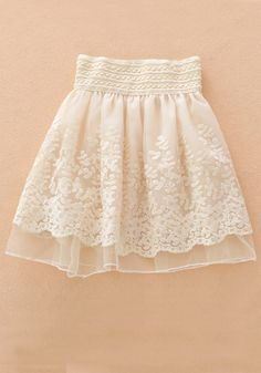 Apricot Embroidery Tiered High Waist Loose Chiffon Skirt