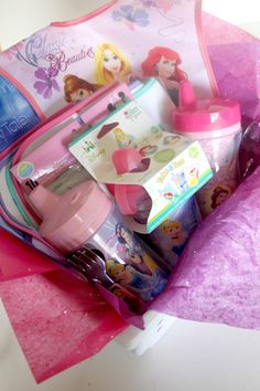 This shop has been compensated by Collective Bias, Inc. and its advertiser. All opinions are mine alone. #MagicBabyMoments #CollectiveBias Who doesn't love putting together a gift basket, especially for a baby shower! Even if you have no interest in having kids of your own, you have to admit shopping for little clothes, bottles, bibs and …