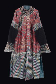 A silk dress red-ground with gold dragons, China, Qing Dynasty, 19th century