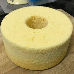 Posts about chiffon/sponge written by jeannietay Chiffon Cake Ingredients, Chiffon Recipe, Orange Chiffon Cake, South Korean Food, Mug Cake Microwave, Polish Recipes, Polish Food, Ukrainian Recipes, Just Bake