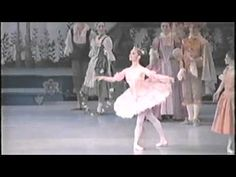 In this very special video, former Principal Artist Lisa Bolte remembers being chosen to dance the lead in The Sleeping Beauty at the age of 21.