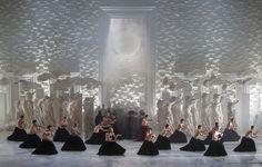 """Achou a imagem bonita? Ela é um clique de uma cena da #ópera """"Thaïs"""", de Jules…"""