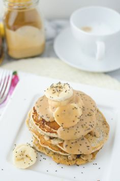 Vegan chia pancakes topped with velvety, decadent maple-peanut butter syrup and fresh sliced bananas!