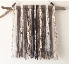 A Dor able Design    Natural yarn wall hanging