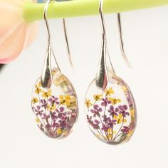 Real flowers resin earrings Resin dangle earrings par PetalSpell