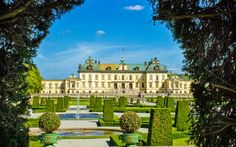 Drottningholm Palace Gardens at Stockholm, Sweden Might be a bit too far away for this trip but. Learn Swedish, Swedish Language, Palace Garden, Luxury Holidays, Places Of Interest, Archipelago, Park City, Simply Beautiful, Beautiful Pictures