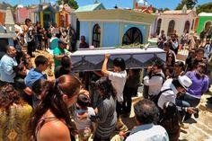 m.e-consulta.com | Entierran en Chiapas los restos de la activista Nadia Vera | Periódico Digital de Noticias de Puebla | México 2015