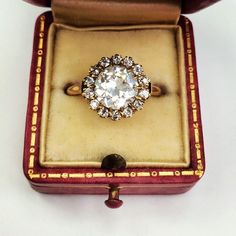 Starting the week off right with our latest vintage obsession! This beauty boasts a 1.76ct old European cut diamond in a 18k yellow gold vintage mounting circa 1890! So lovely! #vintage #antique #jewelry #ring #wedding #engaged #love #want #need #flower #unique #original #detailed #instajewels #singlestone @singlestonemissionstreet