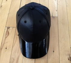 Leather baseball cap H