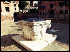 Clavecin à Venise (le Puit)