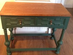 Autentico vintage Vert Anglais with clear wax and Autentico dark waxed top on an oak console table.