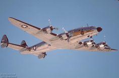 06 C-121A N494TW right front in flight l.jpg (1090×720)
