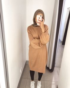 Pinterest: just4girls Modern Hijab Fashion, Street Hijab Fashion, Islamic Fashion, Muslim Fashion, Fashion Outfits, Casual Hijab Outfit, Hijab Chic, Mode Abaya, Modele Hijab