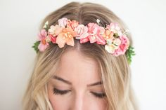 The Oh Dina! DIY Flower Crown Kit is a wonderful gift for any creative lady! The Flower Crown Kit is also a fun project to do for bachelorette