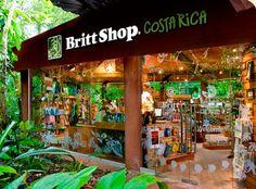 Es una tienda en Costa Rica. La tienda es muy bonita. Tiene muchos recuerdos.