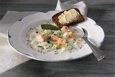 Finnish Fish Soup (kalakeitto, in Finnish). My grandpas used to make this & I hated it! Seafood Recipes, New Recipes, Soup Recipes, Cooking Recipes, Fish And Meat, Fish And Seafood, Salmon Soup, Finnish Recipes, Fish Soup