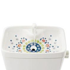 http://www.felissimo.co.jp/kraso/v14/ 【初回お試し】花咲く水辺のおもてなし 取り換えるだけお掃除 トイレの手洗いタンクシートの会