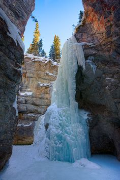 Maligne canyon, Jasper National Park, Canada, by Emmanuel Coupe