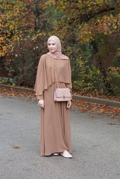 2018 muslim Adult Casual Fake two pieces Robes Musulmane Turkish Muslim Abaya Dress Robes Arab Worship Service abayas - Muslim Shops - High Quality Islamic Clothing Dress Robes, Hijab Dress, Cape Dress, Hijab Outfit, Dress Outfits, Abaya Mode, Mode Hijab, Abaya Fashion, Fashion Dresses
