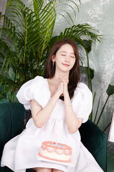 Yoona Snsd, Sooyoung, Korean Women, Korean Girl, Im Yoon Ah, Popular Girl, Kpop Fashion, Girls Generation, Korean Singer