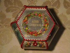 Vintage Christmas Crafts, Christmas Card Crafts, Vintage Crafts, Greeting Card Box, Vintage Greeting Cards, Crochet Gifts, Crochet Box, Card Basket, Recycled Crafts