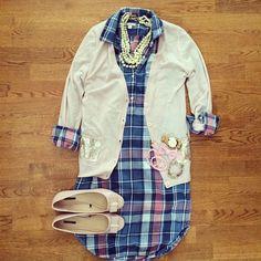 Blue Pink Plaid Dress, Blush Cardigan, Blush Flats, Pearl Necklace | #workwear #officestyle #liketkit | www.liketk.it/11cux | IG: @whitecoatwardrobe