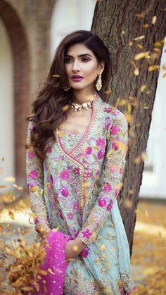 Farah Talib Aziz Pakistani Party Wear, Pakistani Couture, Pakistani Bridal, Pakistani Outfits, Indian Bridal, Indian Wedding Outfits, Indian Outfits, Wedding Attire, Desi Wedding