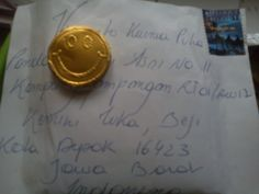 Letter from Belgium... with smiling chocolate :)