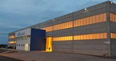 O grupo ID Logistics adquiriu a CEPL, especializada na preparação mecanizada de pedidos unitários. A empresa francesa administra 600 mil m² sendo 27 sites logísticos. Emprega 2.200 colaboradores em quatro países (França, Espanha, Alemanha e Holanda). Em 2013, a CEPL deve ter um volume de negócios estimado em 180 milhões de euros.